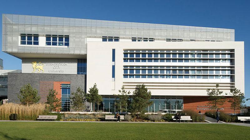 Đại học Birmingham City không yêu cầu Ielts