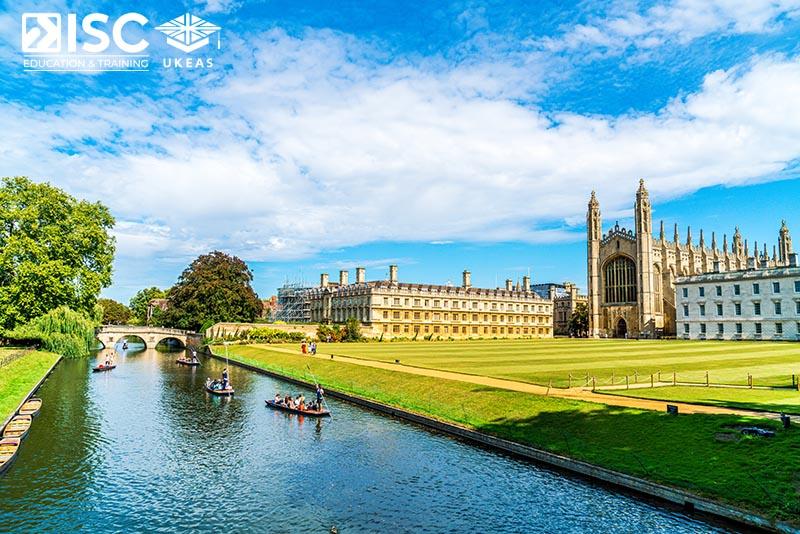 Chi phí du học Anh mỗi năm khoảng bao nhiêu?