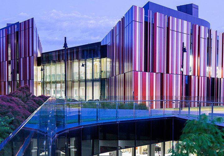 Đại học Macquarie – Top 1% trường hàng đầu thế giới