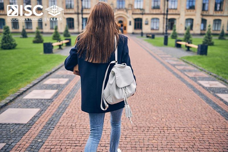 Học bổng từ các trường đại học hàng đầu tại Vương quốc Anh