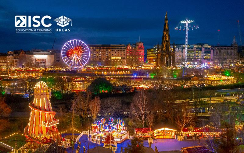 Edinburgh luôn rực rỡ nhất khi đến mùa Giáng Sinh