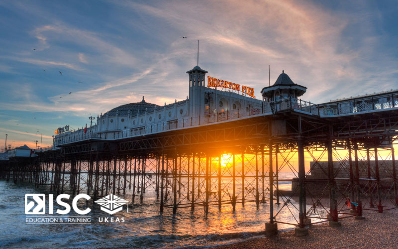 Không chỉ đối với nhiều du học sinh, Brighton cũng luôn được chính người dân Anh đánh giá nằm trong top những thành phố đáng sống ở Anh