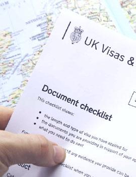 Hỗ trợ lệ phí visa