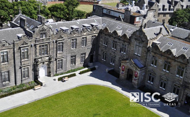 Đại học St. Andrews